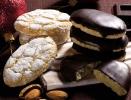 The RICCIARELLI - WITH ICING SUGAR OR DARK CHOCOLATE
